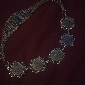Silver and terquise necklace.